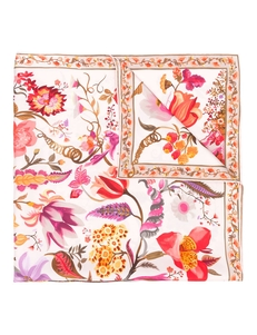 Floral print scarf Salvatore Ferragamo. Купить за 29505 руб. - The definition of Italian luxury would be, Salvatore Ferragamo. The br...